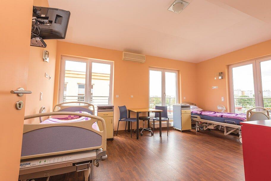 5 Sterne Service mit Übernachtungsmöglichkeiten nach Ihrer ästhetischen Operation
