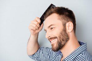 Haartransplantation in Frankfurt - Erfolgreich bei Geheimratsecken und Glatze