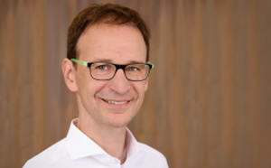 Dr. med. Riedel